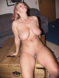 Milf Reife Frau Privates Nacktfoto