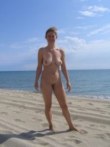 Nackte Reife Ehefrau Am Strand