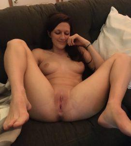 Beine Breit Sexbereit Amateuraufnahme Bild
