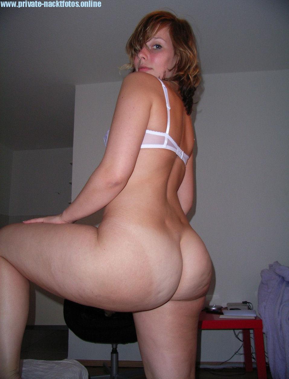 Nackt Freundin