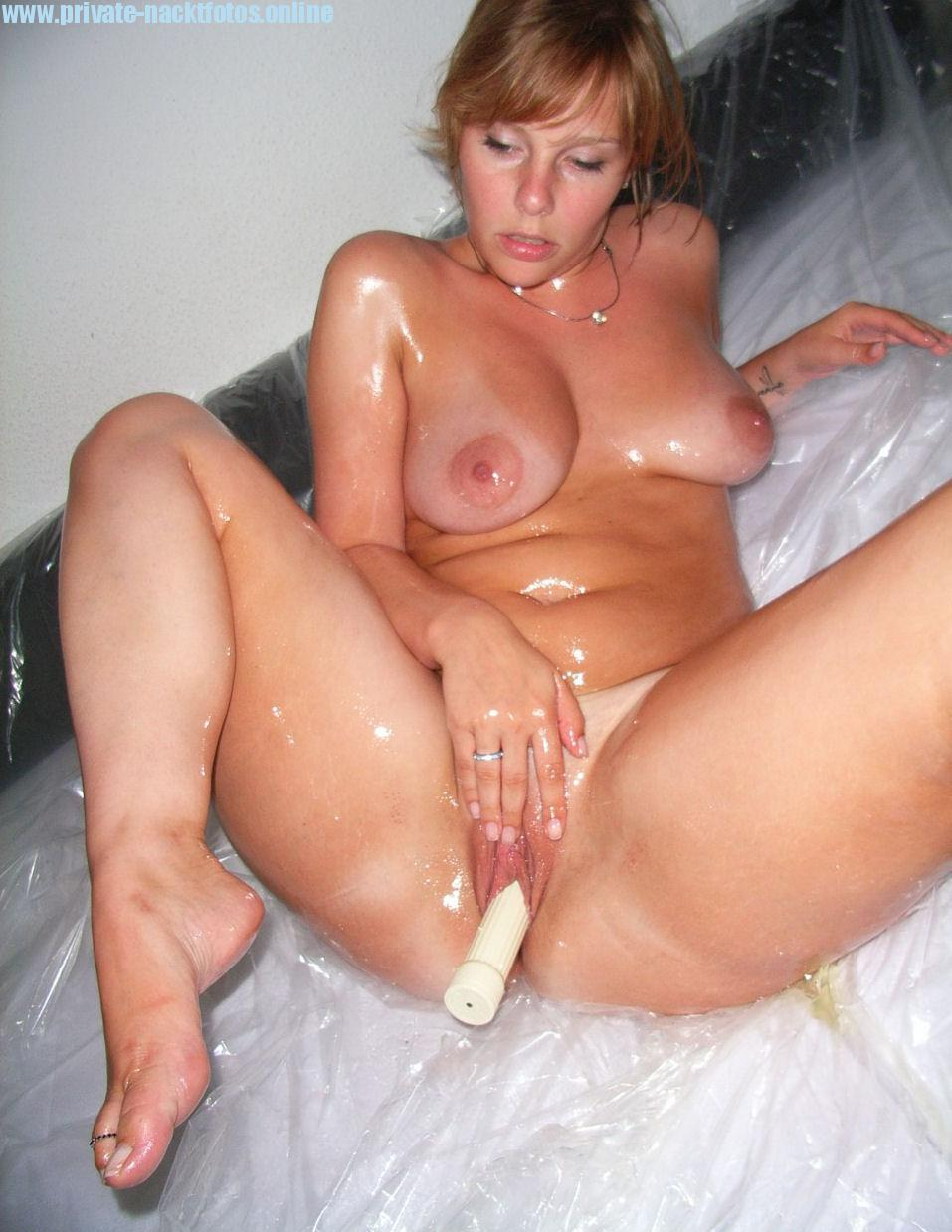Privater blowjob von dicker hausfrau aus erotik community 1