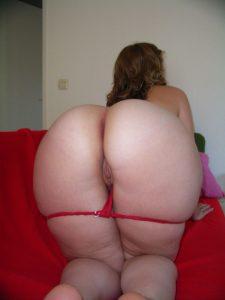 Private Sexfotos Aus Dem Urlaub Freundin Nackt Mit Dickem Arsch 15