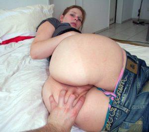 Private Sexfotos Aus Dem Urlaub Freundin Nackt Mit Dickem Arsch 157
