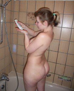 Private Sexfotos Aus Dem Urlaub Freundin Nackt Mit Dickem Arsch 56