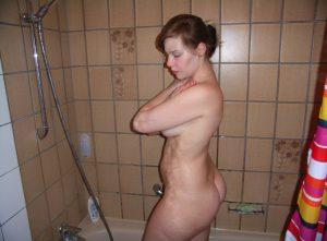 Private Sexfotos Aus Dem Urlaub Freundin Nackt Mit Dickem Arsch 93