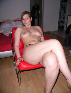 Private Sexfotos Aus Dem Urlaub Freundin Nackt Mit Dickem Arsch 99