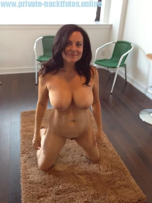 Long empty tits