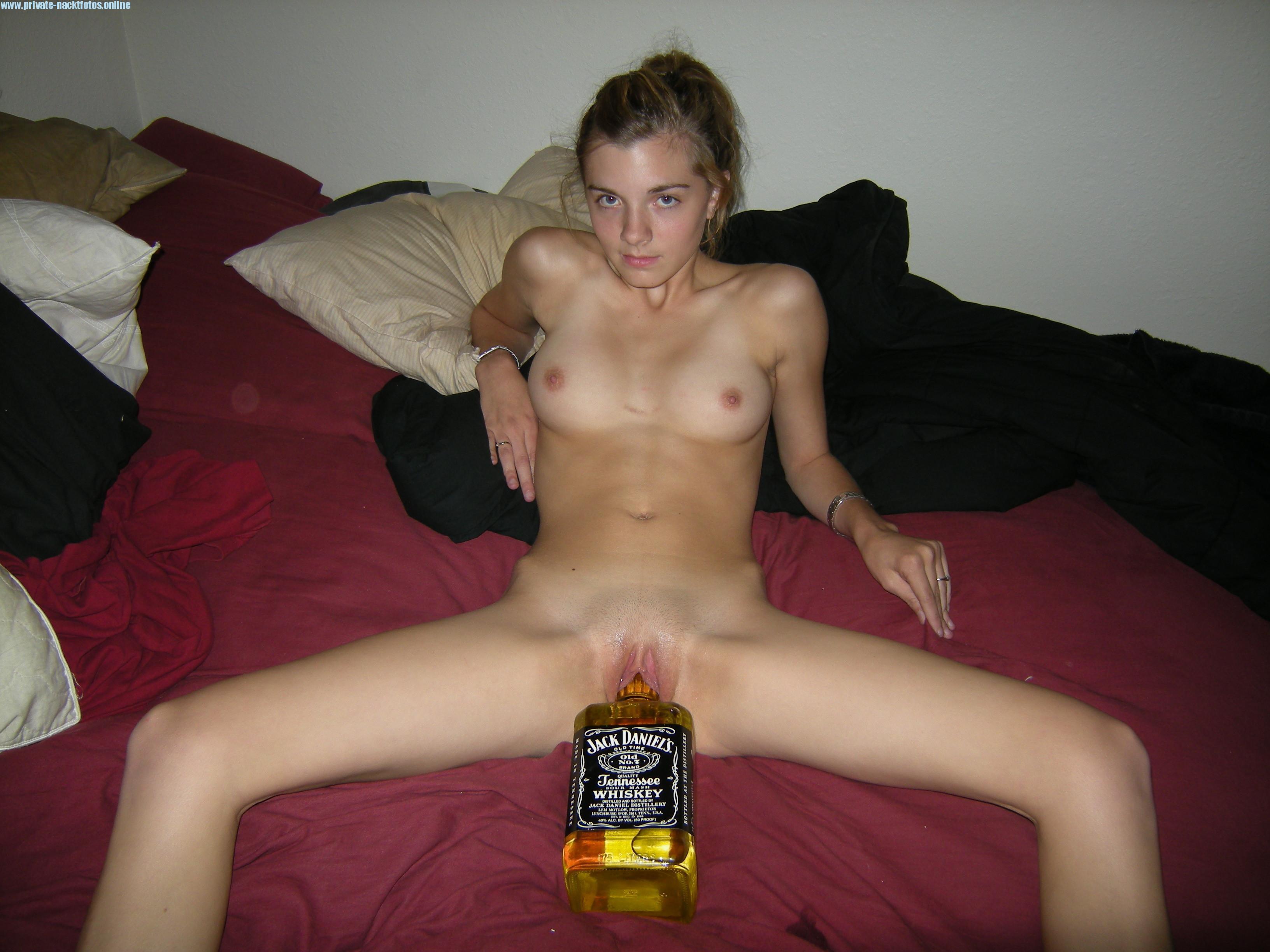 Flasche In Fotze