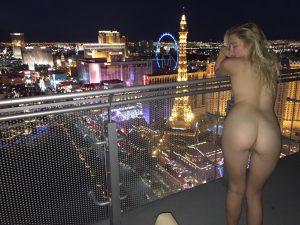 Nacktfoto Im Freien Voyeur