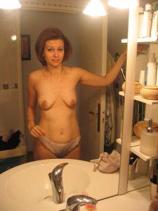 Schlauchtitten Nacktfoto