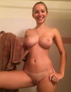 Freundin Frisch Rasiert Nacktfoto