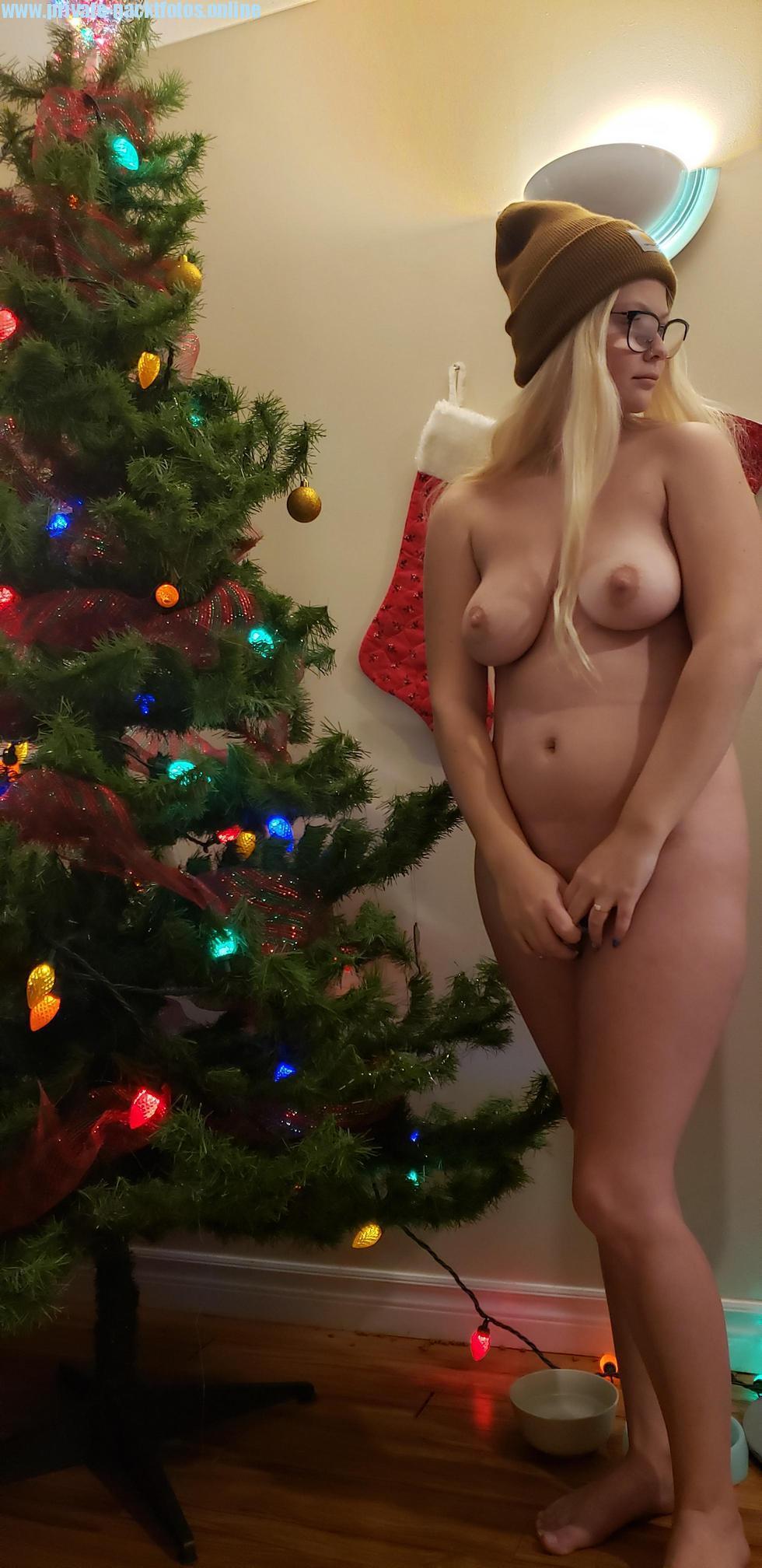 Merry Xmas Nacktfoto