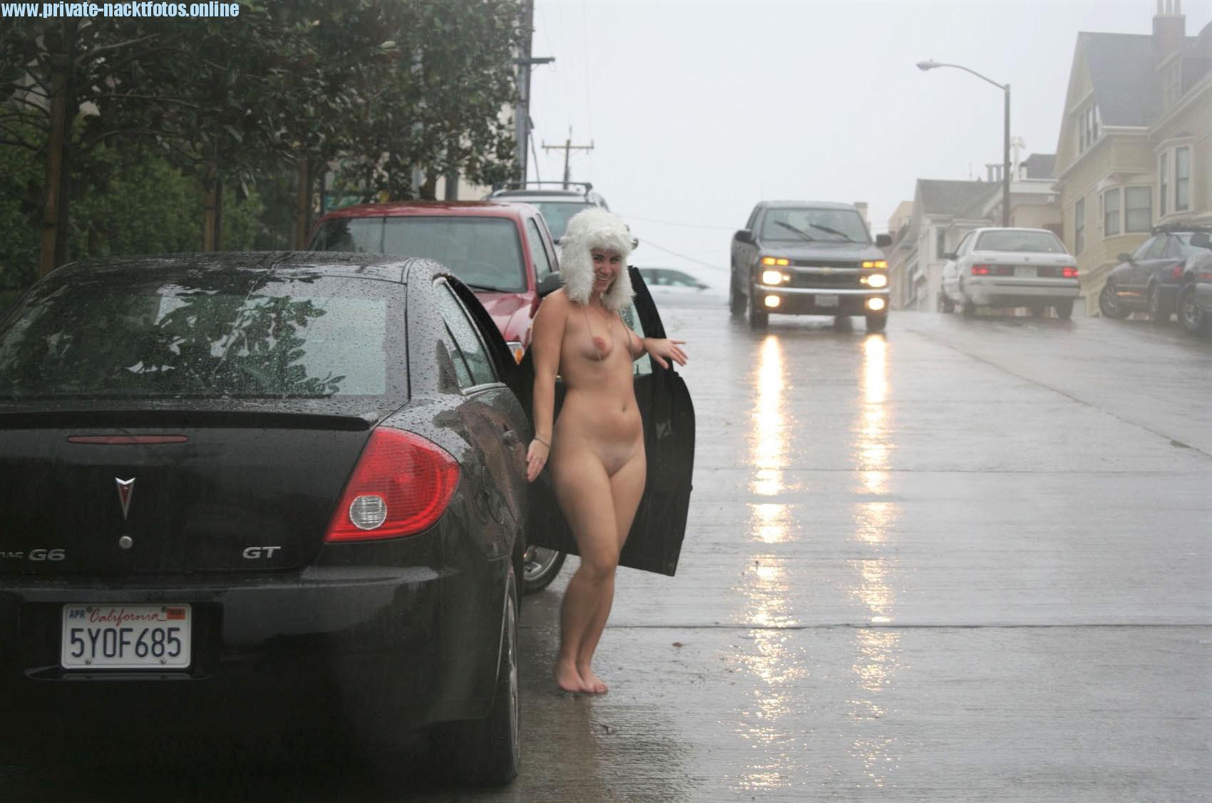 Nude In Public Amateur Bild Foto Draussen Exhib Voyeur