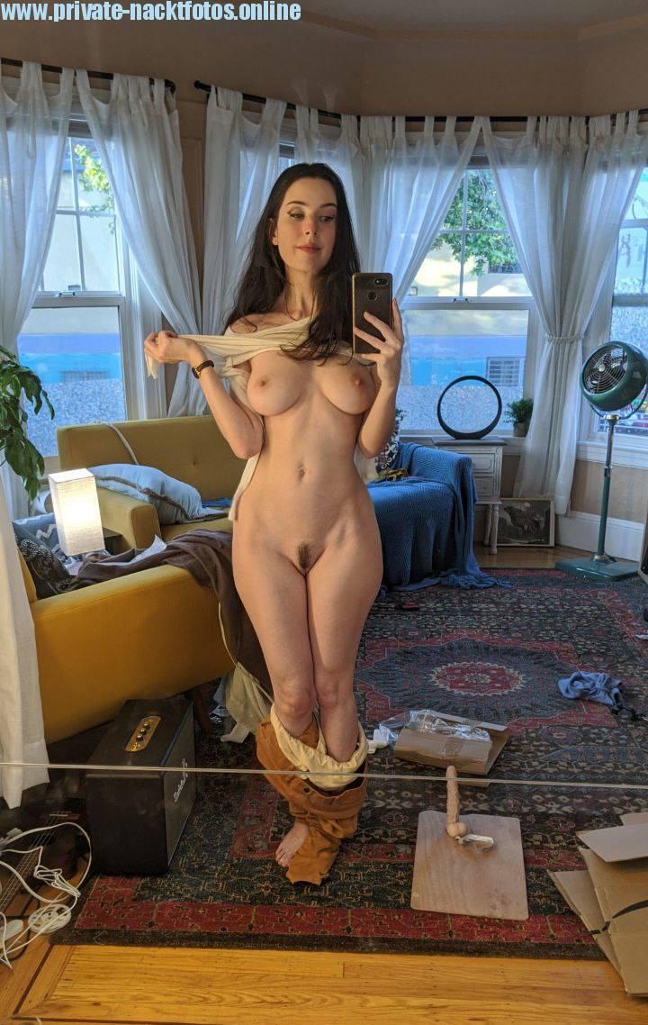 Melissa Selfie Nacktfoto Handy Bild Geklaut Sexy Amateur